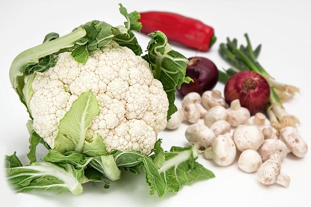 Cauliflower,mushrooms,peppers,vitamin B7, Biotin