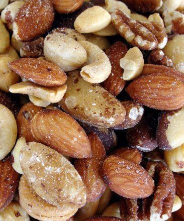 nuts,manganese,mineral